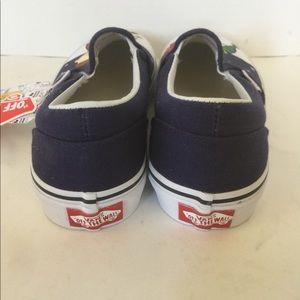 Vans Shoes - Vans x Charlie Brown Christmas Youth Sz 4 Slip On
